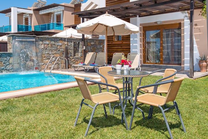 Horizon Line Villas - Villa Erato - Beachfront