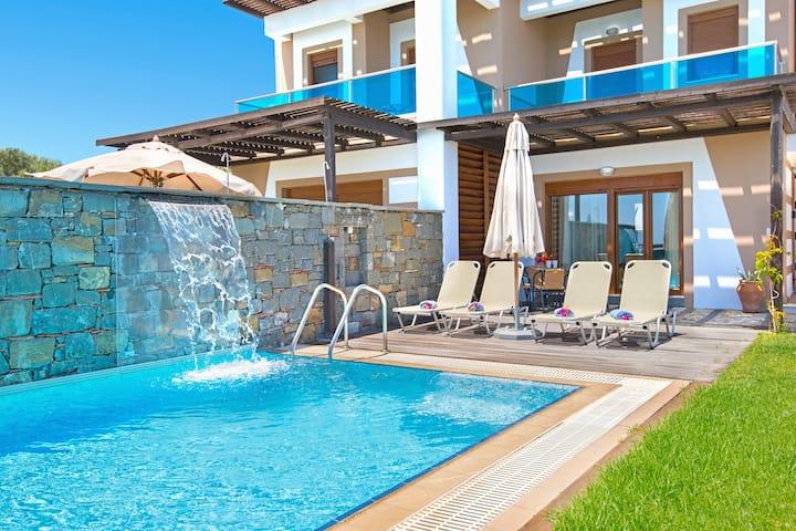 Horizon Line Villas - Villa Meliti - Beachfront