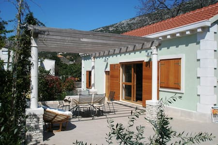Perfectly charming house - Viganj - Rumah