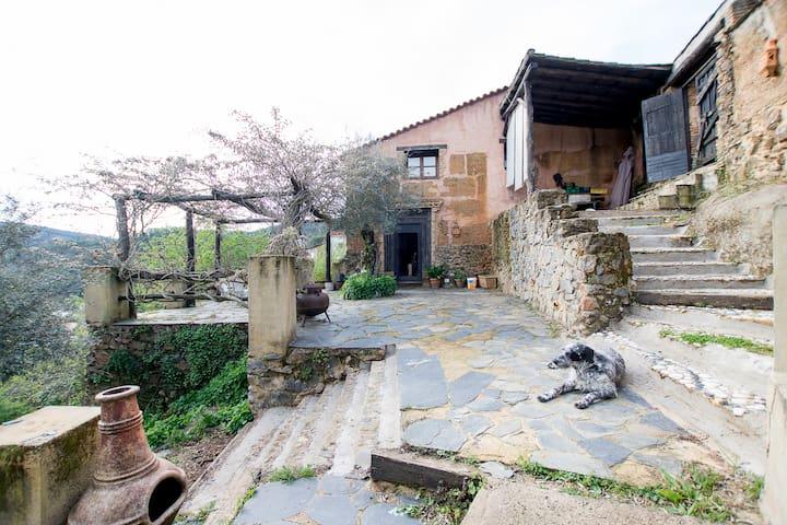 Casa Jupiter - Valdelarco - บ้าน
