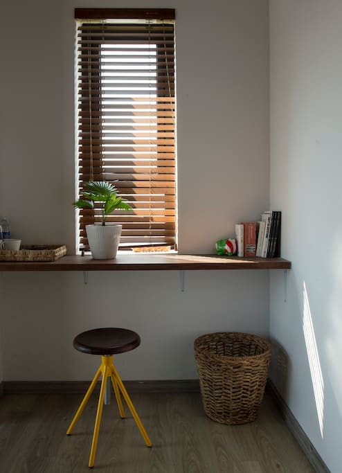 In the morning, natural sunlight hits the room and fill it with warmth. You can use this as a make up table and take advantage of the natural lightning, or a working desk if you prefer working privately.