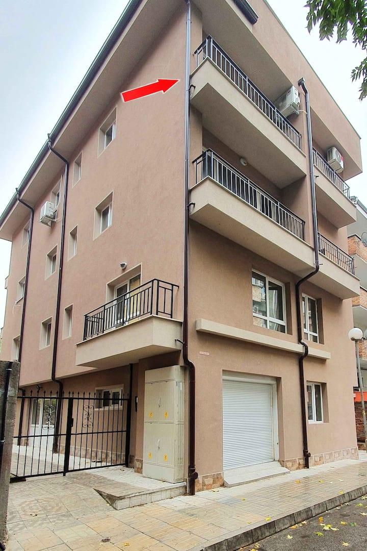Apartament Sanny се намира на атрактивно место.