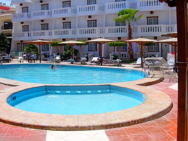 Best central location in Hurghada ZAK INN 7