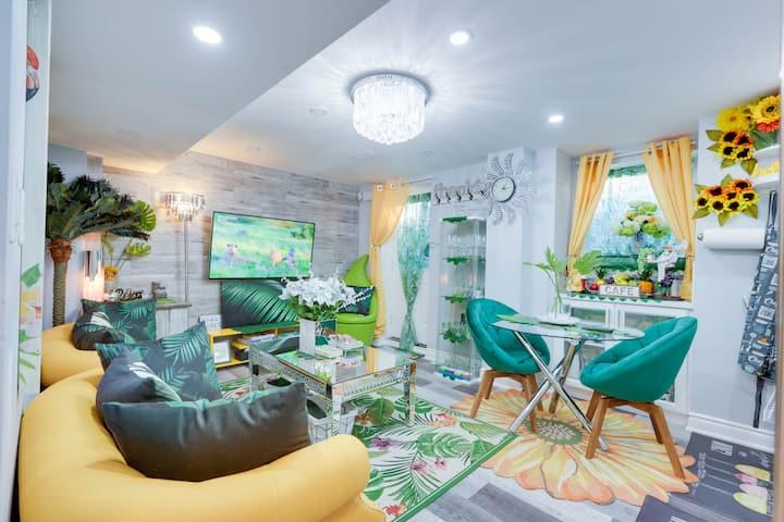 Luxurious suite(basement)