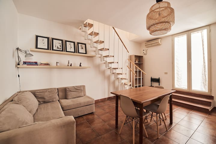 Casa indipendente a Palermo - La Casetta Gialla