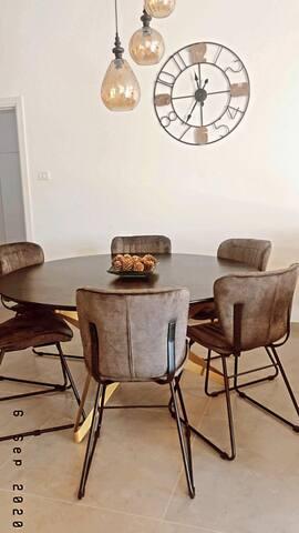 Morad Haharbel - Boutique Resort (King Suite)