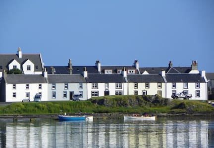 Peaceful seaside home on Islay