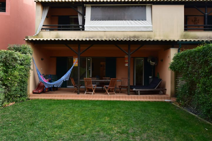Aroeira Pine Tree Gardens Surf & Golf Villa - Aroeira - Apartment