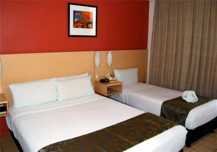 Double & Single @ Aurora Hotel with access to Pool, Parking & Onsite Restaurant