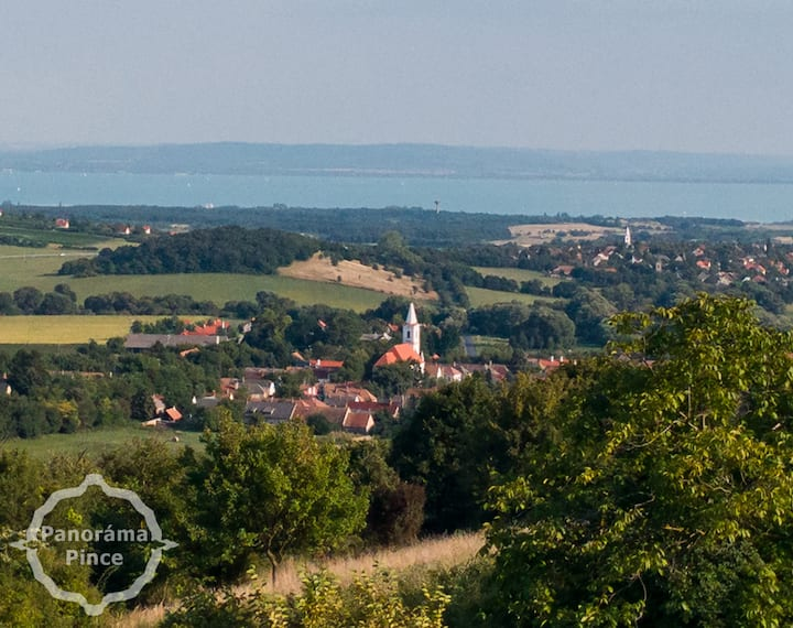 Panorama Winehouse of the Balaton & the Highlands!