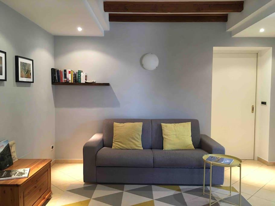 Il soggiorno  Living room, sofa-bed