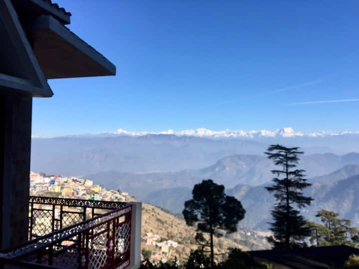 Bungalow with a panoramic view of Himalayas