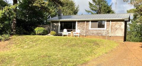 Ocean's Edge Cottage Property