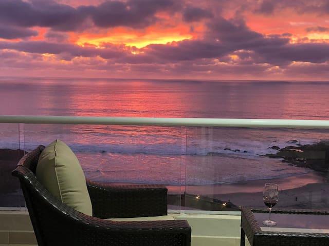 Rosarito Ocean front Condo in La Jolla Excellence
