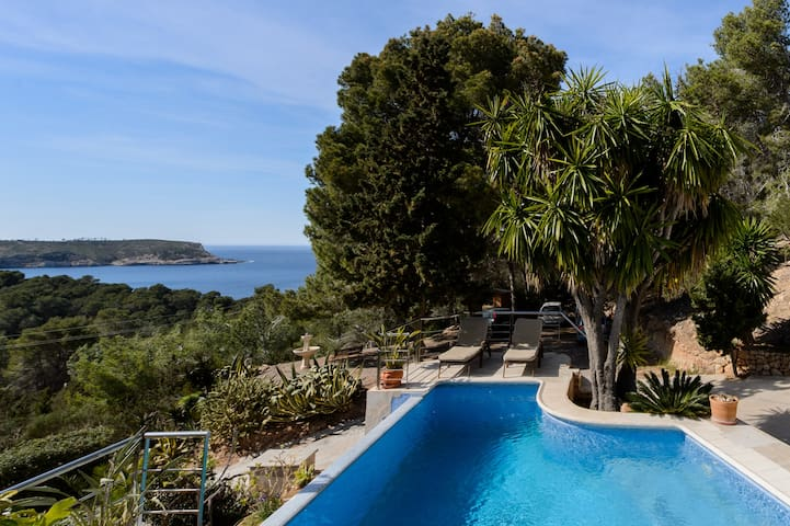 Casa Floresta 3 minutes walk to sea - Ibiza - House