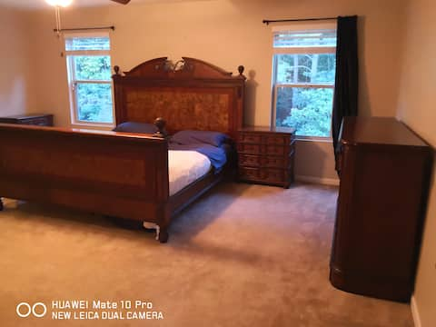 private room with a king size bed