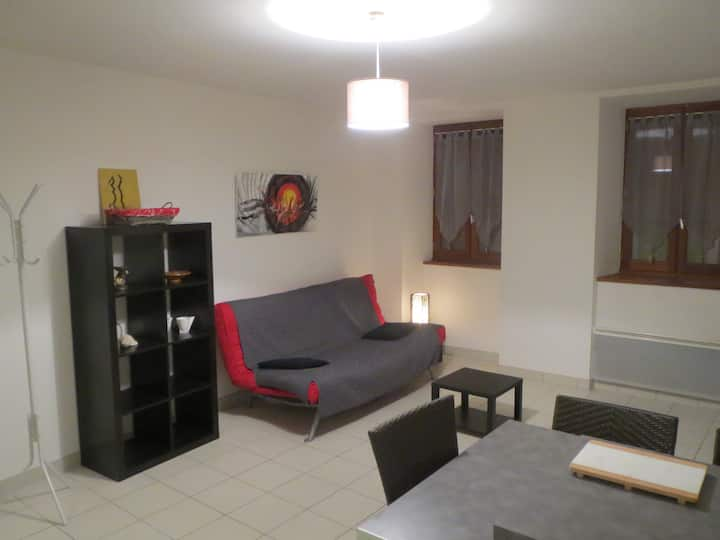Appartement T1 centre ville Aubenas