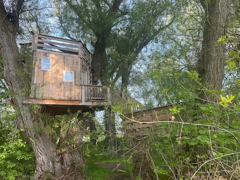 Utah Treehouse at Victorian Woods