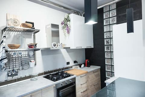Appartamento moderno e tranquillo vicino al centro