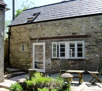 Tranquil Cotswold Stone Cottage - Great Rissington - Rumah Tamu