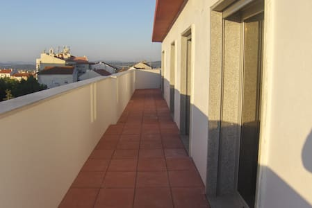 Penthouse with pool & mountain view - Fundão - Appartement