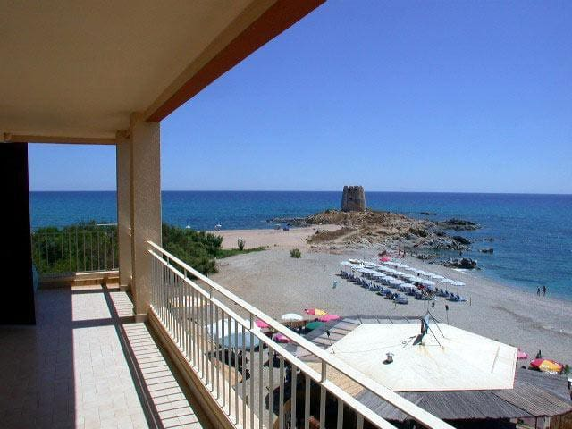 Seafront apartment BR 43 with big terrace! - Torre di Bari - Lejlighed