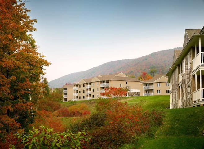 Vacation Village in the Berkshires: 1BR Suite
