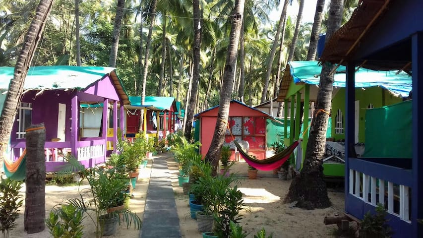 Private Bungalow with Garden view , Palolem Beach