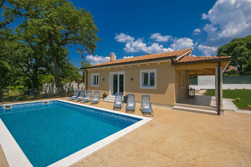 Villa Terezija