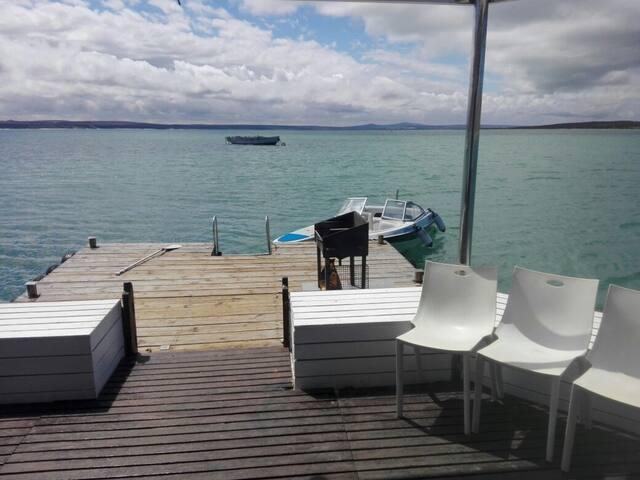 Kraalbaai Luxury House Boats Larus 6 sleeper