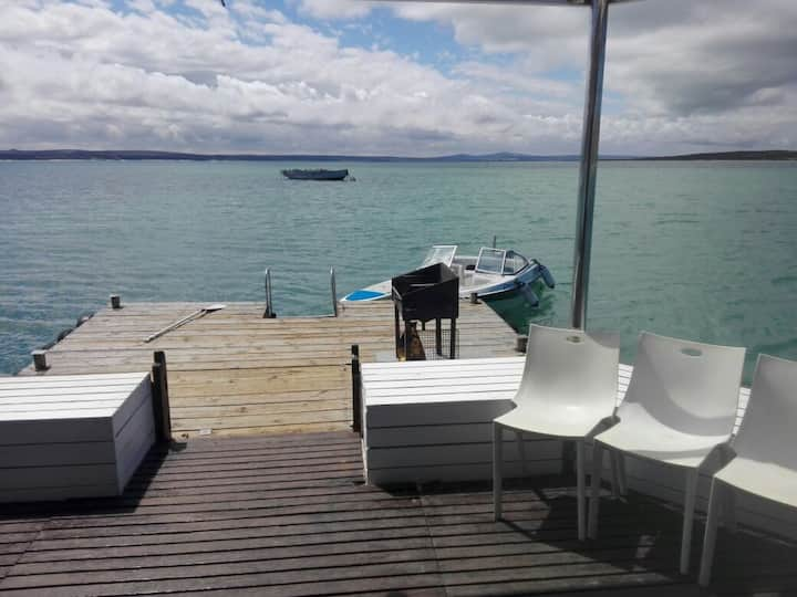 Kraalbaai Luxury House Boats Larus 6 sleeper