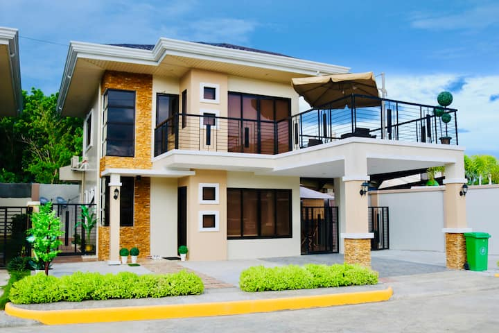 4 bedroom family home, on beautiful Panglao Island
