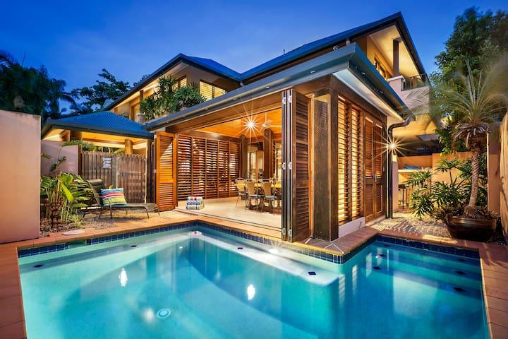 Chez Willow® Villa 1 - Port Douglas - Villa