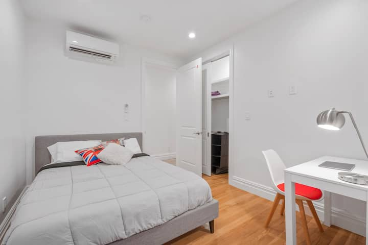 Spacious Private Room in Serviced Coliving Apt