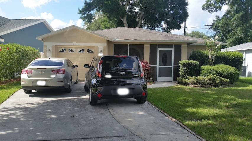 Studio Efficiency Apt in West Tampa