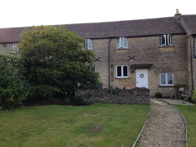 Cotswold Stone Cottage in central Stow-on-the-Wold - Stow-on-the-Wold - Casa