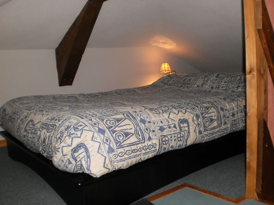 Mezzanine double bed 1