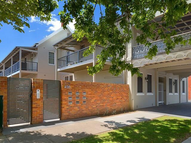 'Waterstreet Apartment' - Albury - Apartment