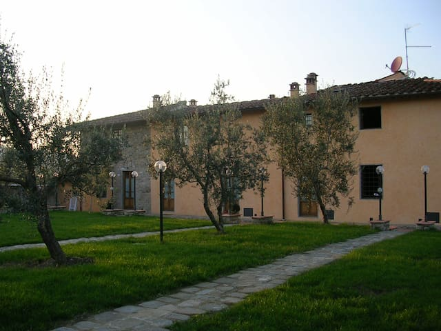 Old country house on the Florentine hills - Scandicci - Haus