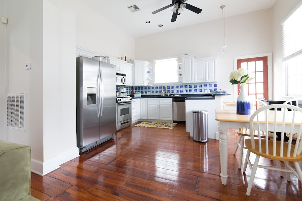 One Bedroom Steps From Magazine St Apartments For Rent In New Orleans Louisiana United States