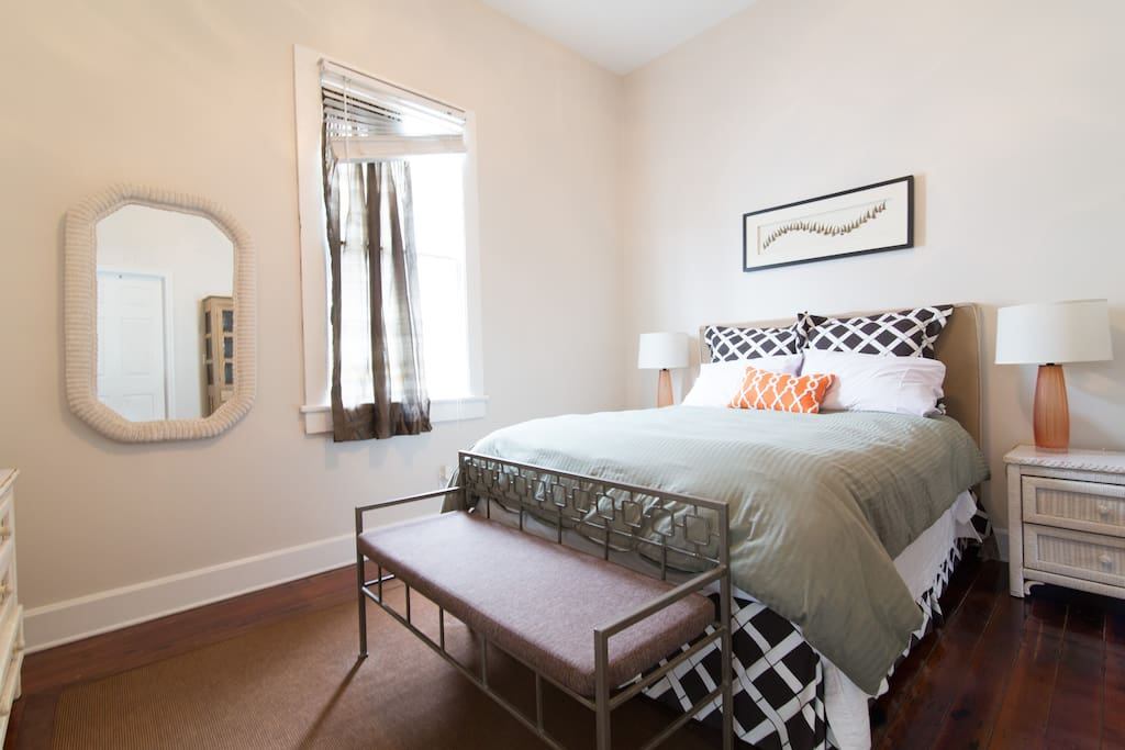one bedroom steps from magazine st apartments for rent