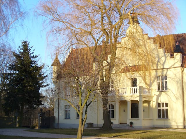 Hochwertig saniertes Gutshaus  - Meyenburg