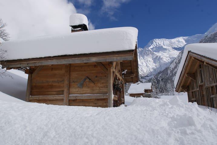 Mazot au pied du Mt Blanc - Saint-Gervais-les-Bains - Huis