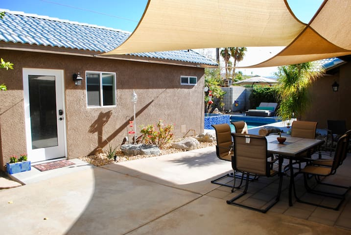 Beautiful Renovated Private Casita with Pool/Spa
