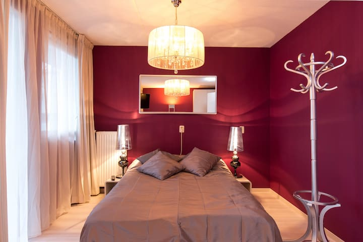 Luxurious BR in new Jewish area - Amsterdam