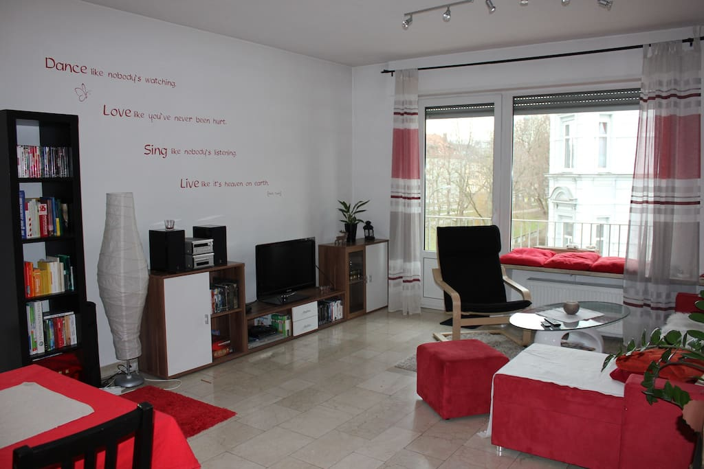 Zimmer in netter wg und 120qm apartments for rent in for Augsburg apartments for rent