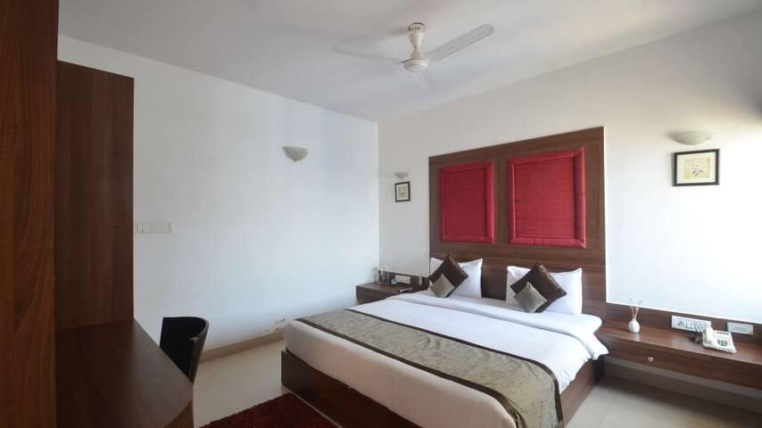 Cozy 1 Bedroom Apartment in Marthahalli -1