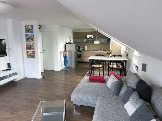 Loft Apartment next to Ascher creek - Gröbenzell - Departamento