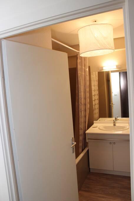 t2 aux portes de toulouse appartements louer l 39 union midi pyr n es france. Black Bedroom Furniture Sets. Home Design Ideas