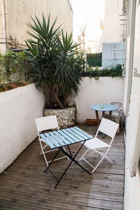 Appartement t2 50m2 avec terrasse appartements louer for T2 marseille terrasse